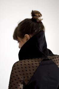 Kleid02_Details_Hoch_H1000b