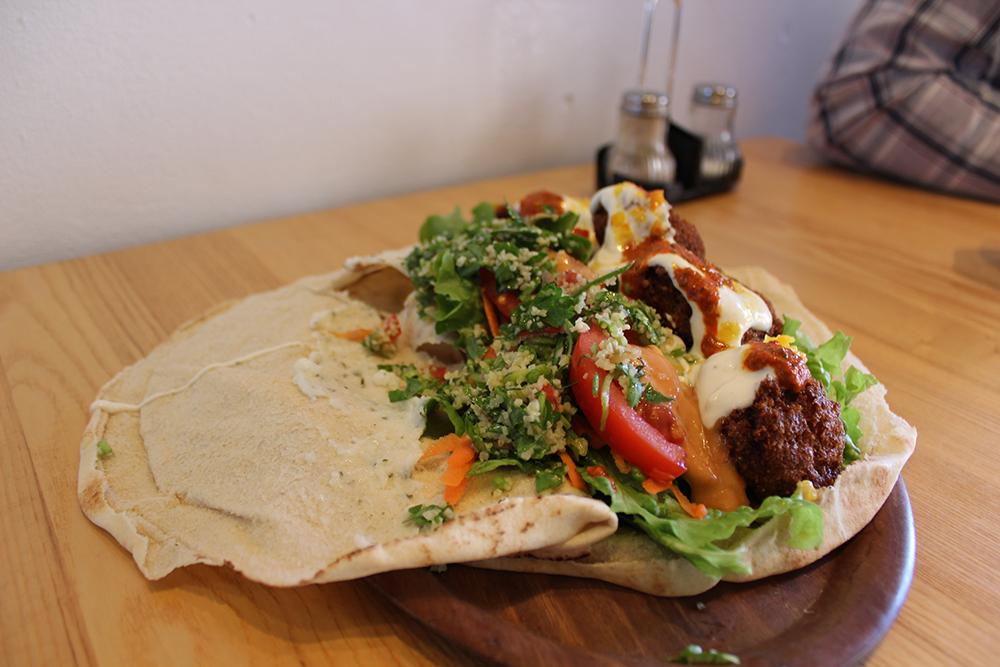 Vegan Essen In Karlsruhe Bei Der Falafel Sensation Habibi