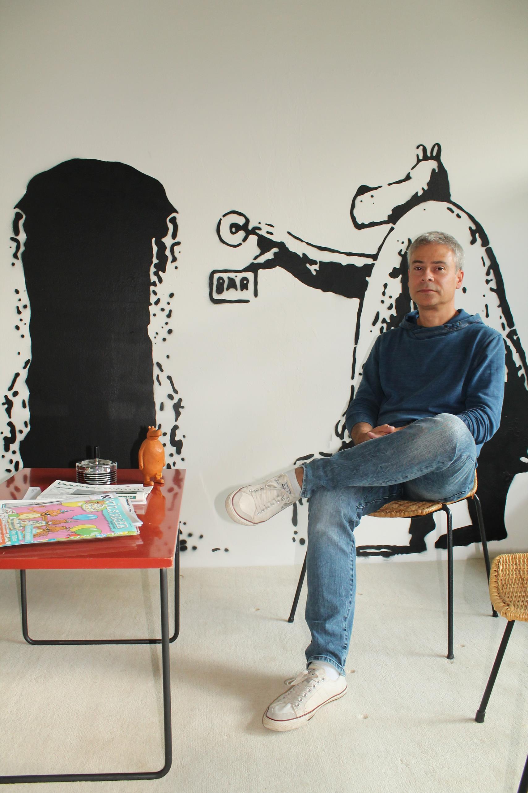 Cartoonist und Illustrator Steffen Butz in seinem Büro in der Großmarkthalle: A15